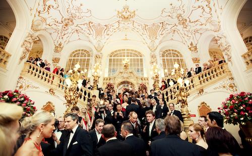 Eingangsfoyer der Opernredoute in Graz (c) Philipp Schulz