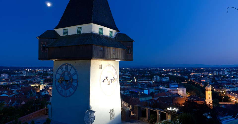 Der Grazer Schlossberg Ist Die Hauptattraktion Der Stadt